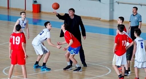 Цената да тренираш баскетбол