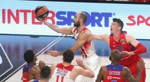 Олимпиакос детронира ЦСКА, след като губеше 38 минути (видео)