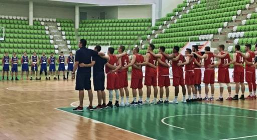 България взе тежък мач с Румъния