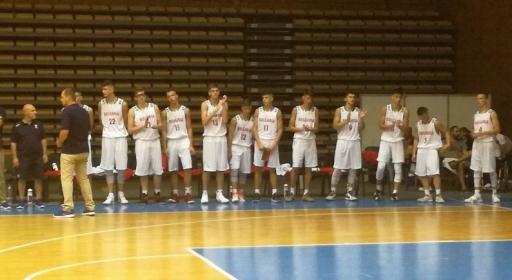 Момчетата (16) започнаха по най-добрия начин в София