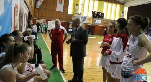 Нефтохимик 2010 и Балкан без женски отбори през новия сезон