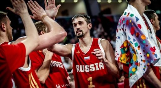 Русия хвана асансьора за четвъртфиналите, премаза Хърватия