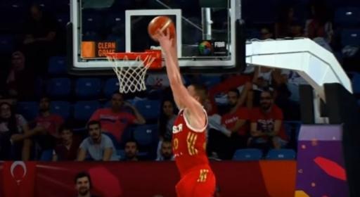 Андрей Воронцевич взривява топ 5 на вчерашните мачове (видео)