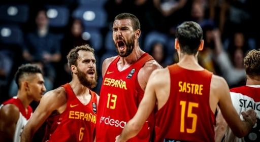Испания приключи Германия за три минути за място на полуфинал (видео)