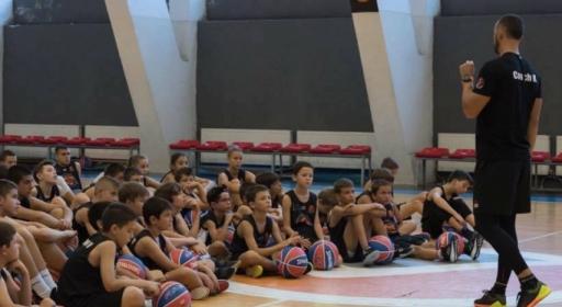 Коледен баскетболен лагер готвят в англо-американското училище в Панчарево