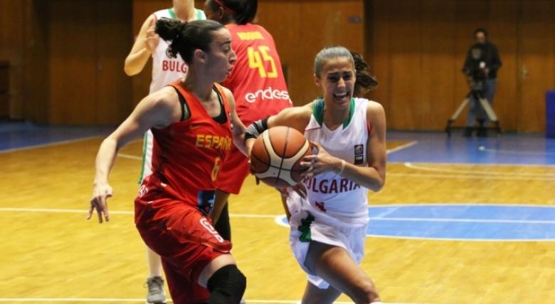 Виктория Стойчева отпадна от групата за мача с Холандия