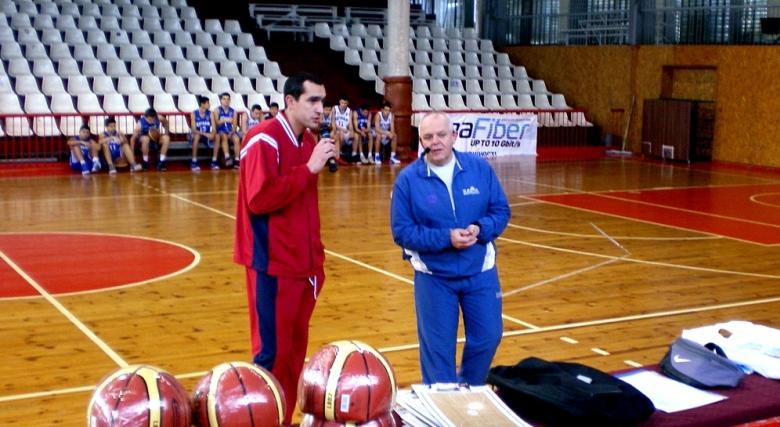 Перо Родич изнесе лекции пред треньори в Русе и София