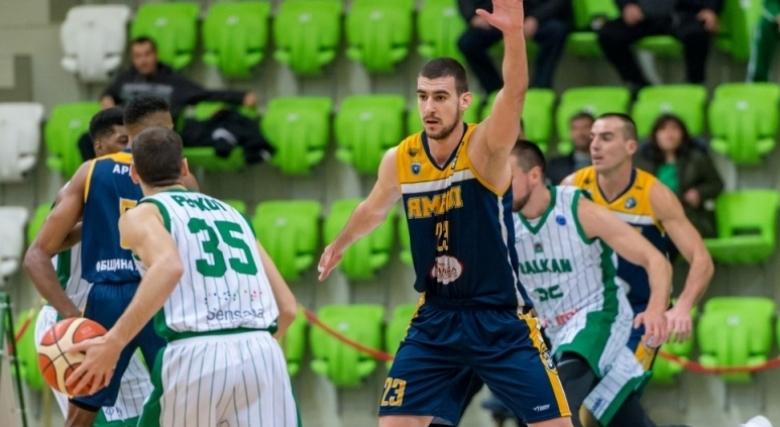 Прогнозите за А група: Андрей Иванов не може да победи Атлетик сам