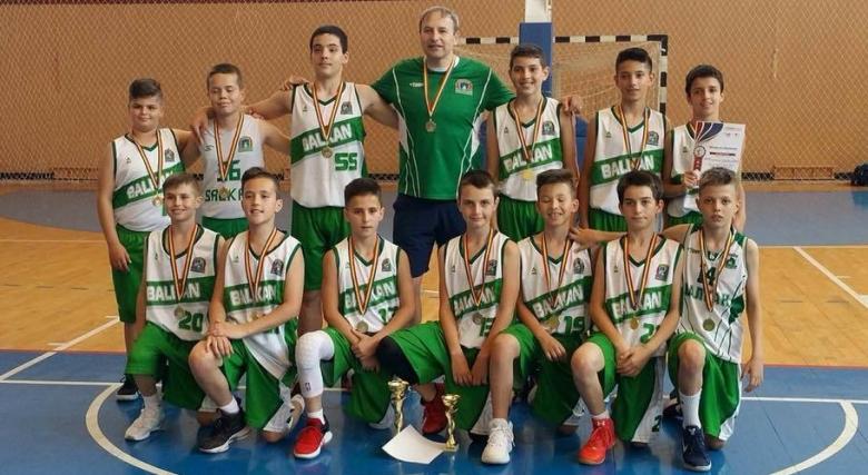 Балкан (12) победи БУБА на турнира в Галац