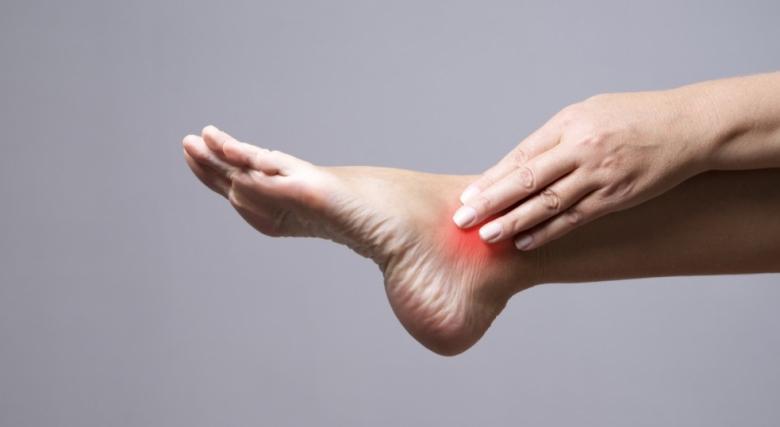 Тренирате активно - грижите ли се добре за краката си?