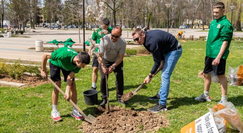 Димитър Димитров и децата от школата на Балкан отбелязаха Деня на Земята