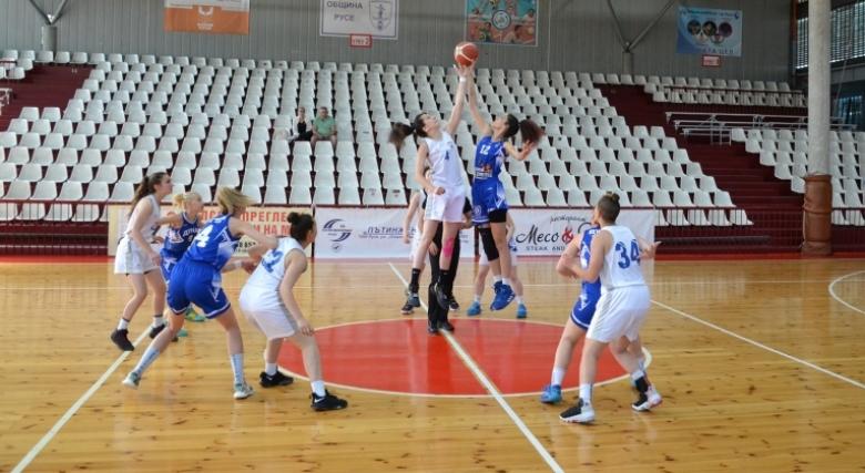 Гледайте на живо финалите за девойки и Купа БФБ при юношите U19