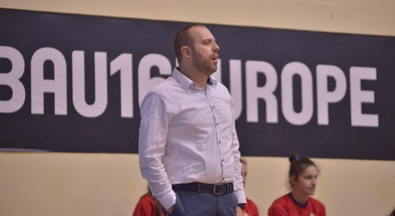 Лъчезар Коцев повика 20 девойки на лагер за два Европейски Чалънджъра