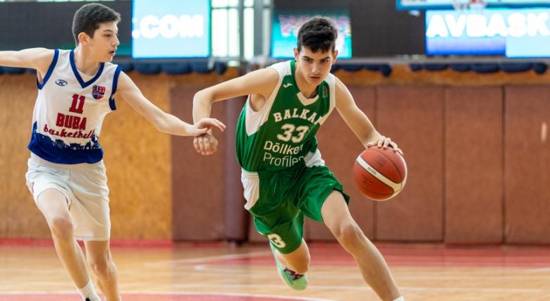 Стефан Михайлов: Мечтата ми е да играя в някои от силните европейски турнири и първенства