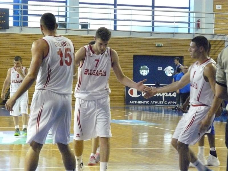 Александър Везенков сред кандидатите за най-добър млад баскетболист на Европа