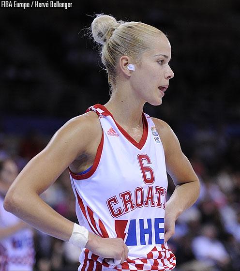 Хърватия пристига с нов треньор и без две силни състезателки