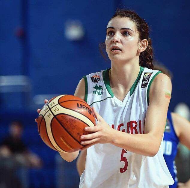 Юлияна Вълчева ще играе в колеж в САЩ