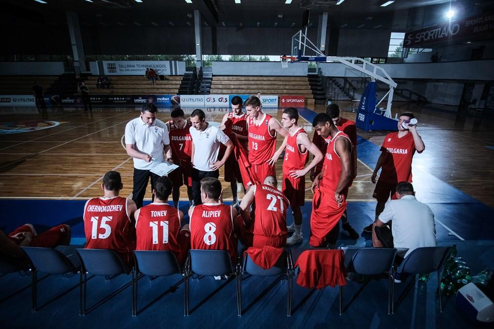 Мануел Марков започва подготовка с 18 състезатели при юношите U18