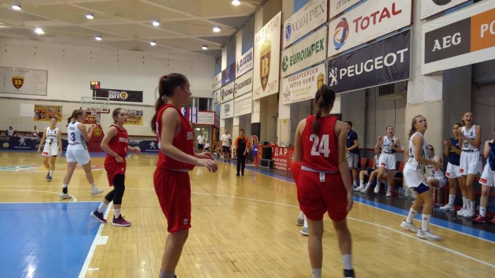 Снимки от контролата Словения - България при момичетата U16
