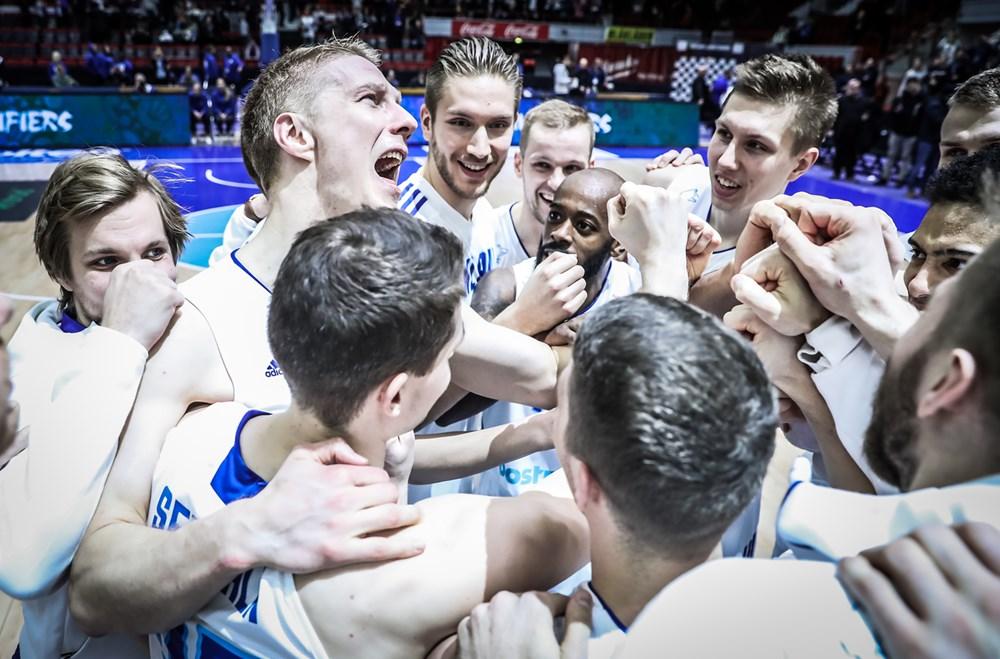 Продадоха над 11 000 билета за мача Финландия - Исландия