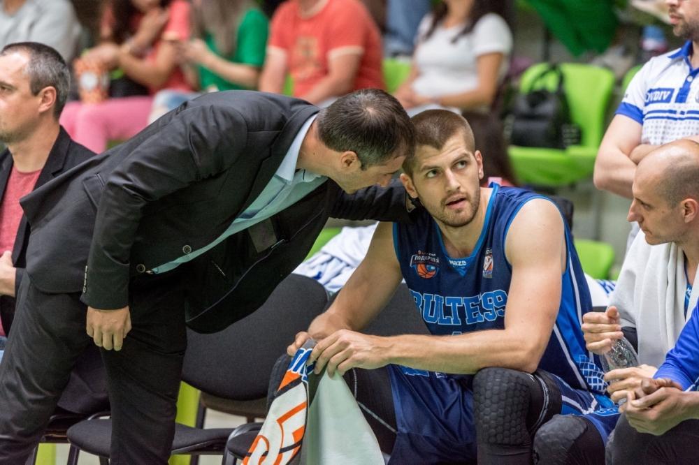 Никола Маравич: Не играхме добре през първата част