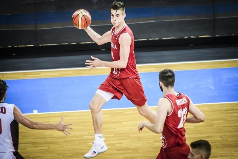 Балкан взе юношески национал, търси още двама играчи