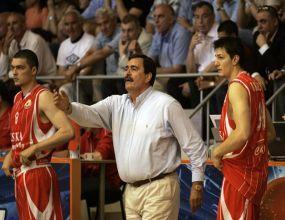 Екс-треньор на ЦСКА се завръща на скамейката на 70 години