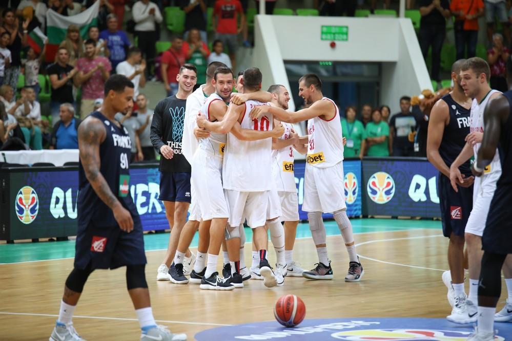Фотогалерия от победата на България срещу Франция в Ботевград