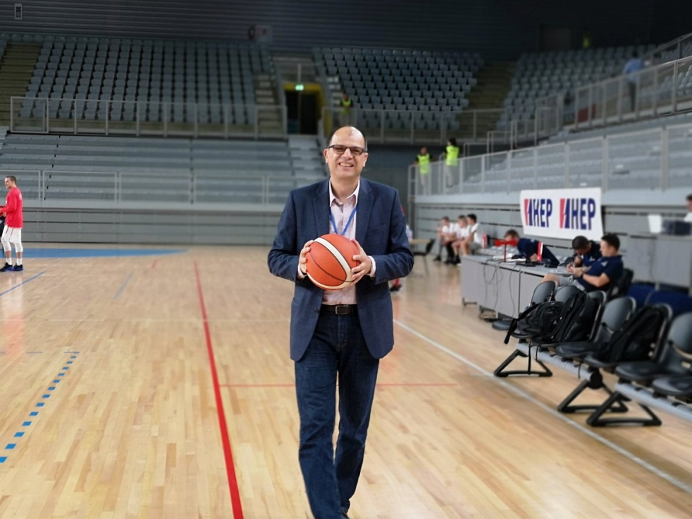 Коста Илиев: Въпрос на организация и на добро влагане на средства е да си върнем традициите в баскетбола