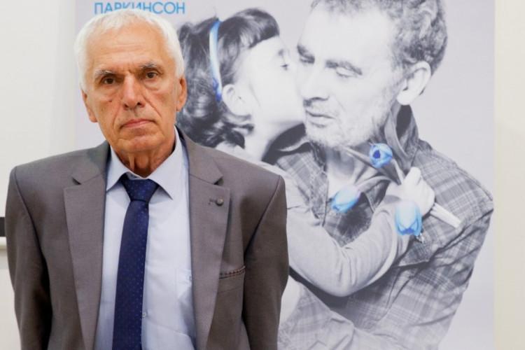 Симеон Варчев за Симеон Варчев: Не преставах да уча