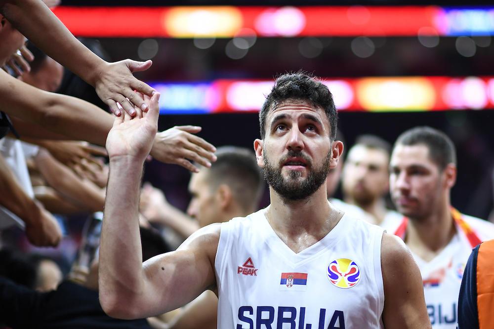 Герой: Мицич остава на световното и след трагедията