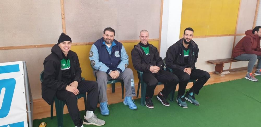 Играчи на Черно море Тича наградиxа млади варненски баскетболисти