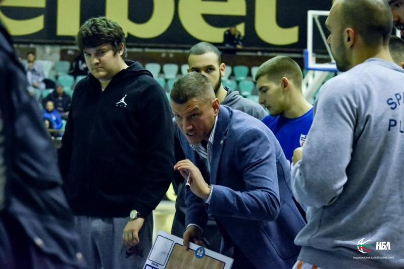 Богдан Петков: Ако първенството не се доиграе с публика и пълен календар, трябва да се прекрати