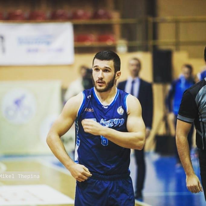 Секулов подписа за още 2 сезона с Академик Пд