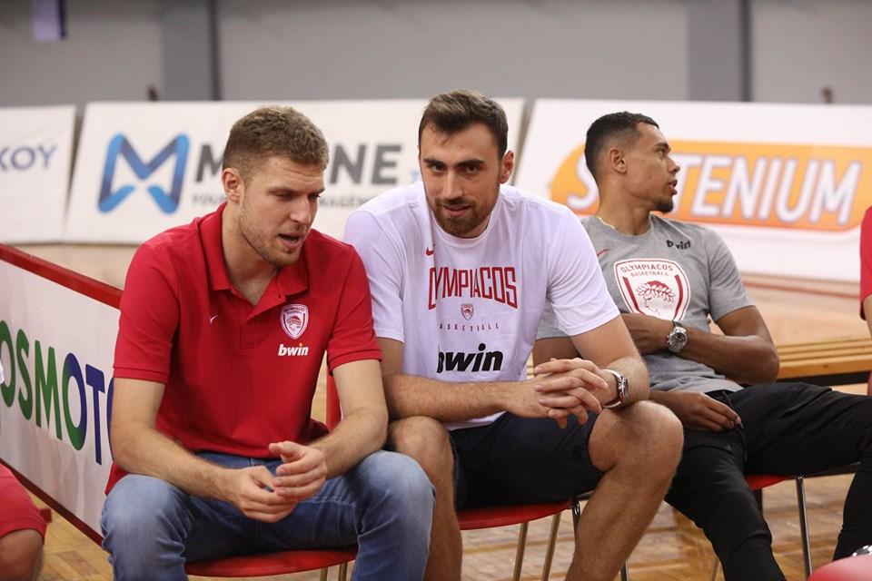 Блат чака завръщането на Везенков и останалите отсъстващи в Олимпиакос