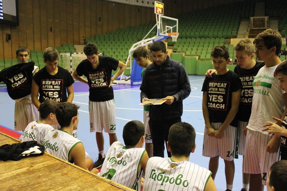Антонио Станков: Позволете ни да спортуваме и да тренираме децата ви