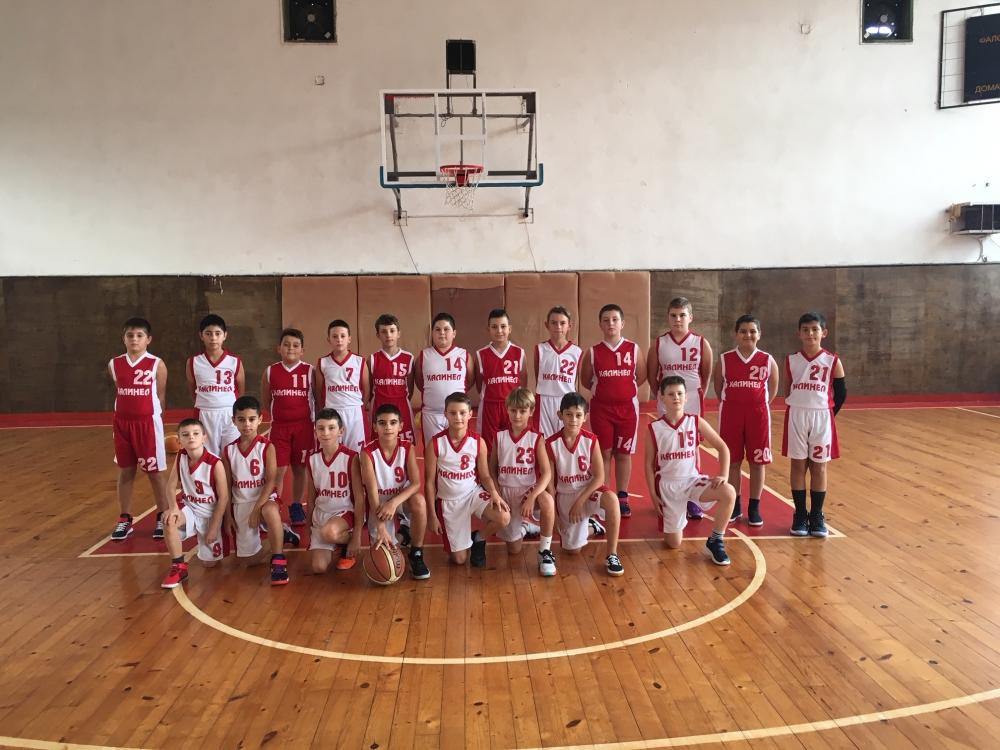 Баскетболната школа на Чавдар Троян в новия брой на СПРИНТ