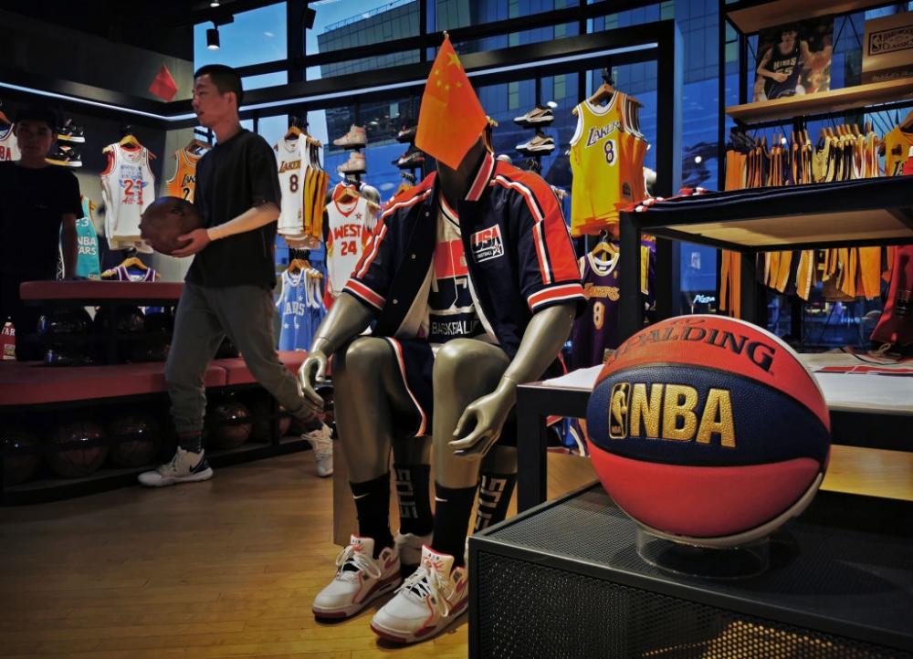 Интересно разкритие от американски национал по скандала между Китай и НБА
