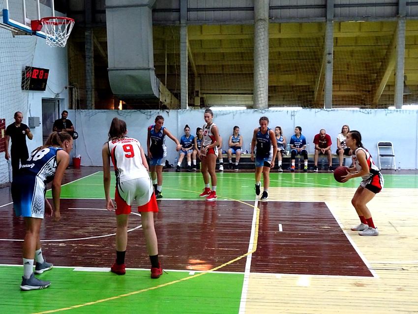 Рилски спортист и Черно море продължават пътя към титлата при момичетата U16