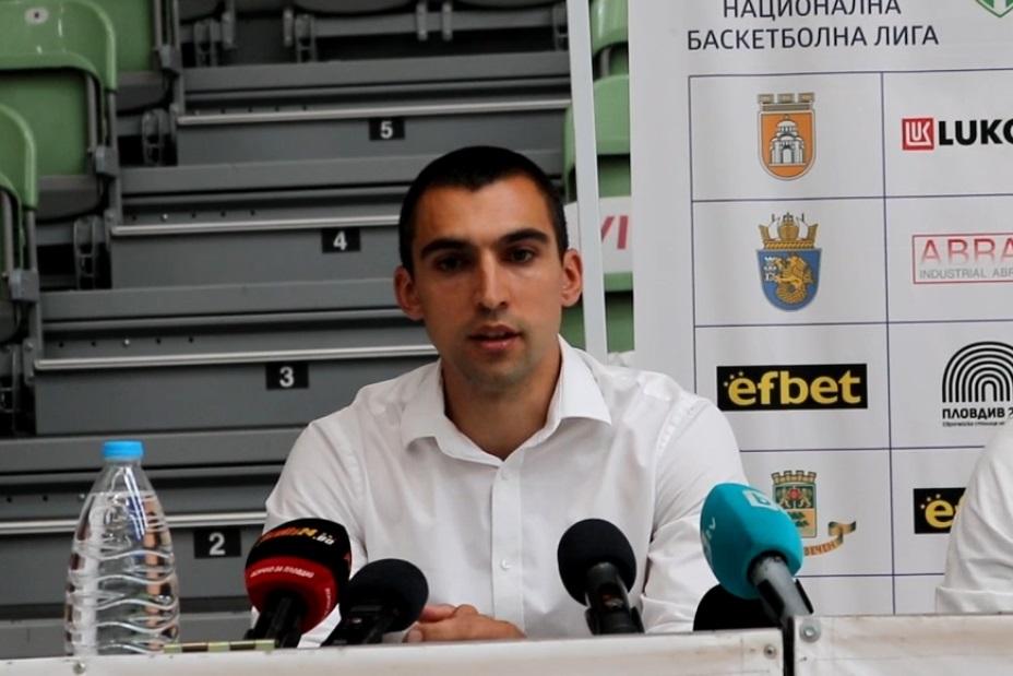 Йордан Янков: Свалям шапка на отбора си