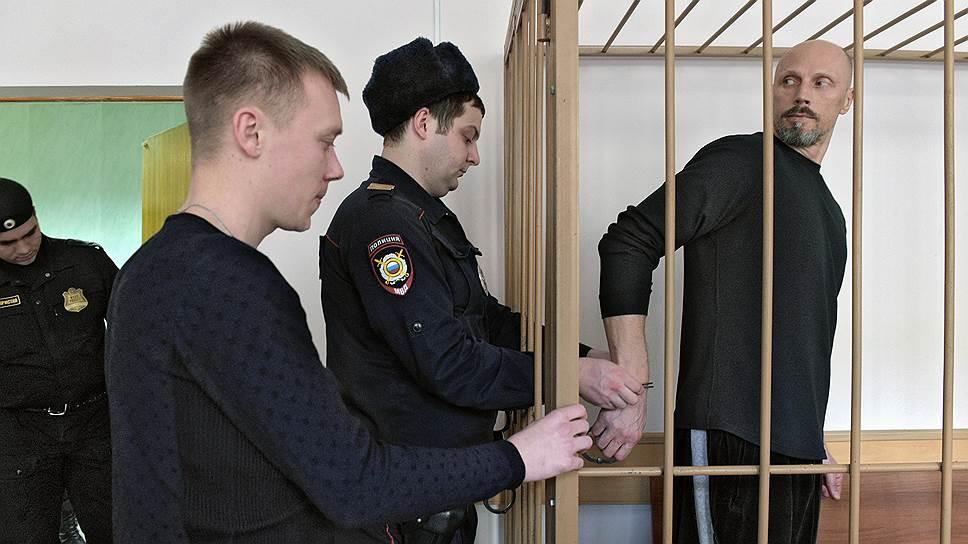 Осъдиха бивш руски национал за присвояване на 44 милиона рубли