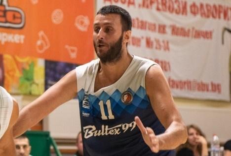 Тенчо Тенчев разстреля Ямбол с 9 тройки за победа на Академик Пд