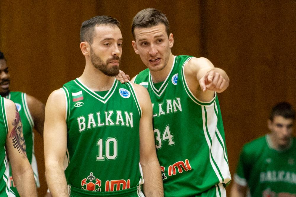 Димитър Димитров: Никой от нас не мисли, че ще бием Левски 3-0
