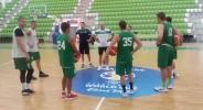 Част от играчите на Балкан с първи тренировки