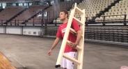 Строителите на новия Олимпиакос (видео)