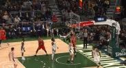 Център на Портланд с най-доброто изпълнение от изминалата нощ в НБА