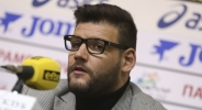 Деян Иванов отрича да е удрял Хорозов