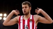 Везенков-старши: Сашо имаше няколко предложения, но Олимпиакос е точното място
