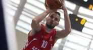 Александър Милов остава още година в Академик София