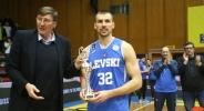 Христо Захариев остава за още 2 сезона в Левски Лукойл